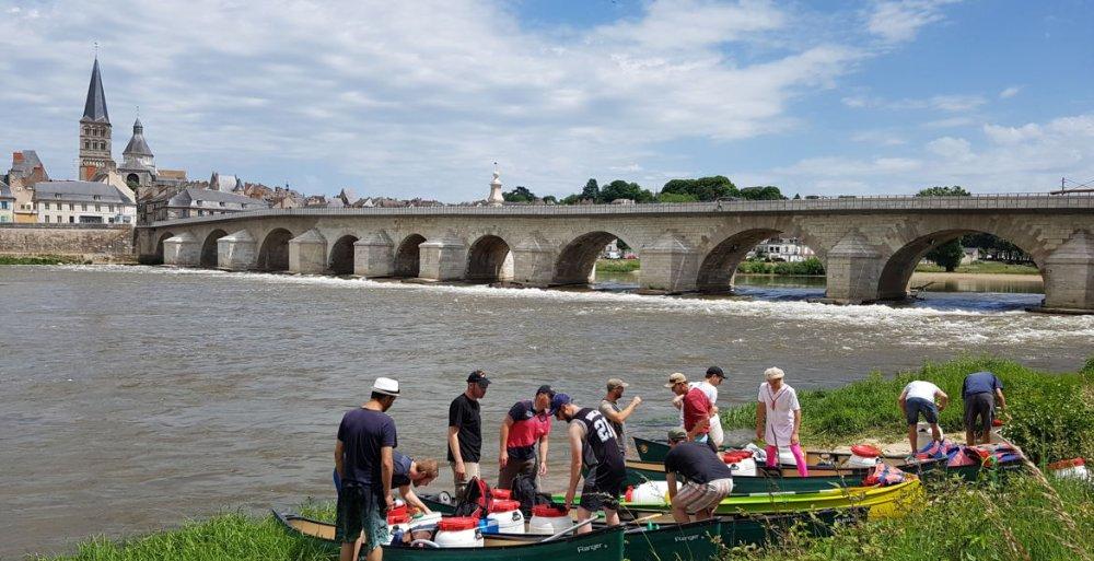 Aire camping-car à Charité-sur-Loire (58400) - Photo 4